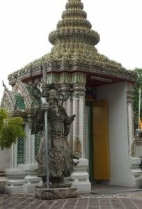Statua Farang