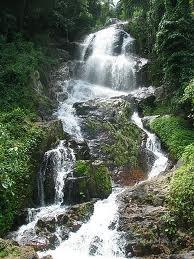 Na_Muang_Waterfall2