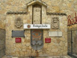 Fuente del Vino - Bodega irache