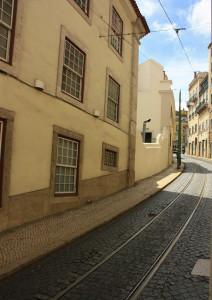 Rotaia del Tram 28 a Lisbona