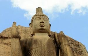 Faccia della statua di Aukana Buddha, Sri Lanka
