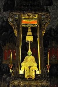 Buddha di smeraldo al Wat Phra Kaew, Bangkok 2