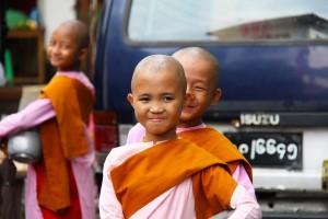 Bimbe monache, Myanmar