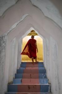 Monaco verso la pagoda, Myanmar
