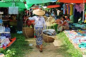 Mercato locale vicino al lago Inle 3, Myanmar