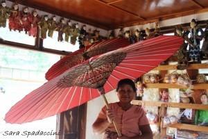 Piccolo ombrello..., Myanmar