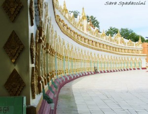 esterno-di-u-min-thonze-sagaing-birmania