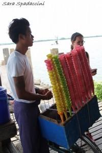 gelati-allu-bein-bridge-1-amarapura-birmania
