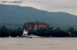 mingun-in-lontananza-myanmar