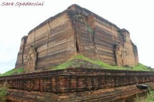 pahtodawgyi-pagoda-a-mingun-myanmar