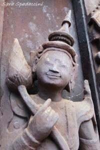 particolari-di-un-monastero-a-mandalay2-myanmar