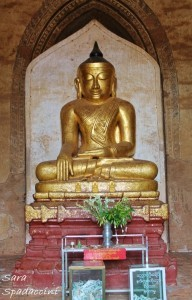 buddha-dentro-il-dhammayangy-temple-a-bagan-1-birmania