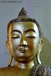 immagine-di-buddha-dentro-lay-kyun-sakkya-monywa-birmania
