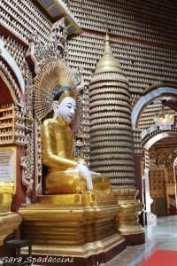 interno-del-thanboddhay-pagoda-monywa-birmania