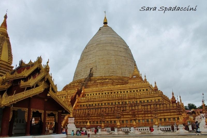 shwe-zi-gonne-pagoda-bagan-birmania