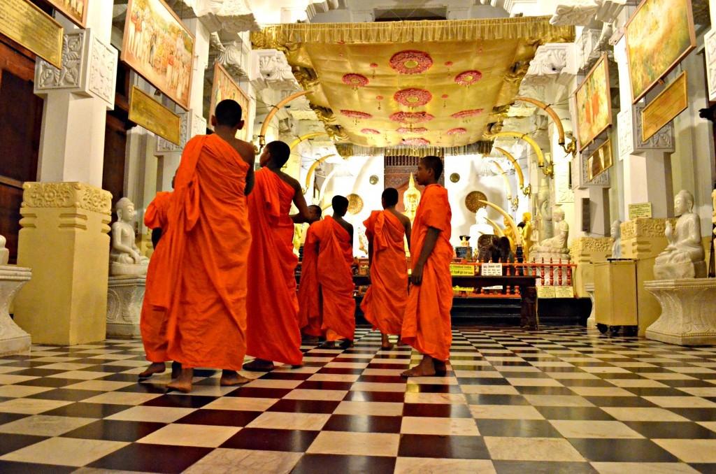 Monaci Sri Lanka