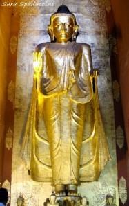 statua-di-buddha-dentro-lananda-temple-a-bagan-1-birmania