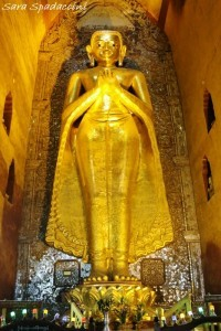 statua-di-buddha-dentro-lananda-temple-a-bagan-2-birmania